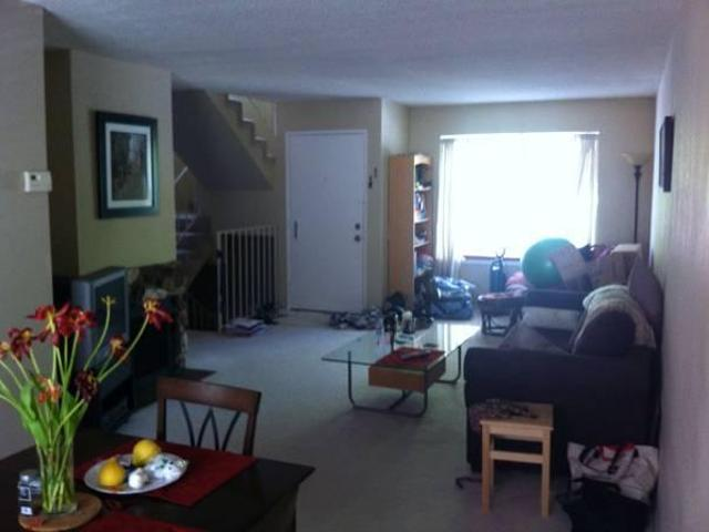 $3850 / 3br 1183ft² Beautiful Downtown Townhouse