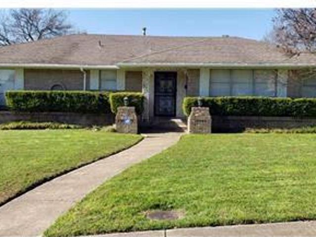 3 2 House For Rent In Oak Cliff