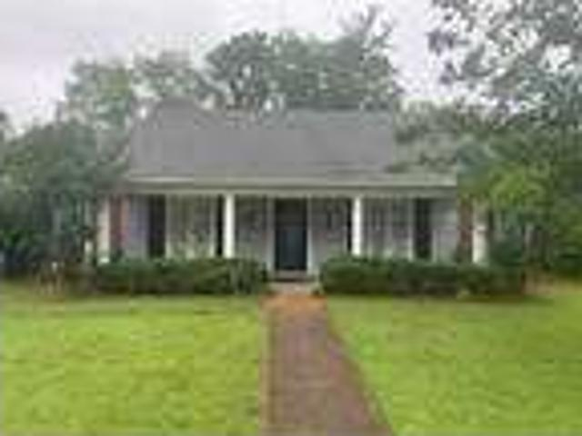 3 Bed 2 Bath 1,875 Sqft House In Jackson, Ms