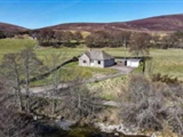 3 Bed House For Sale Ballindalloch Ab37