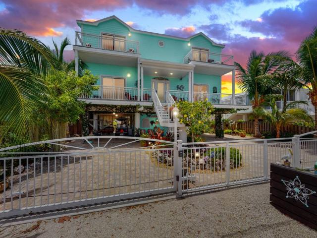 3 Bed House For Sale In Key Largo, Florida