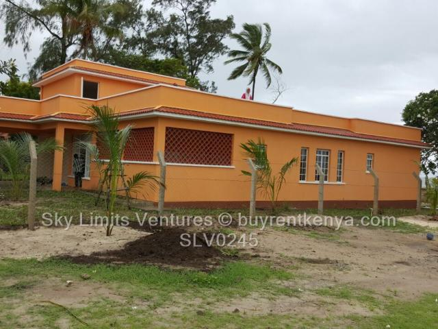 3 Bed House For Sale In Shelly Beach, Likoni