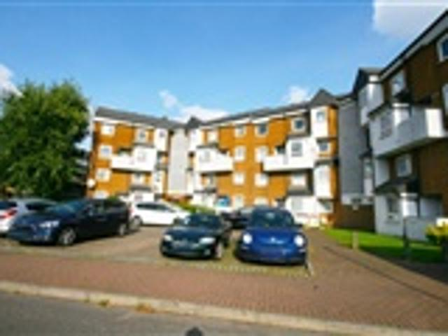 3 Bed Maisonette For Sale Buttsbury Road Ilford