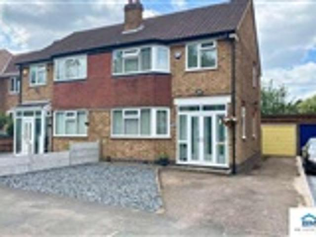 3 Bed Semi Detached For Sale Whitehall Road Leicester