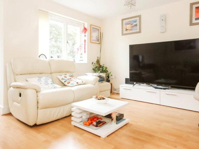 3 Bed Terraced House To Rent In Dirac Road, Ashley Down, Bristol Bs7 Zoopla