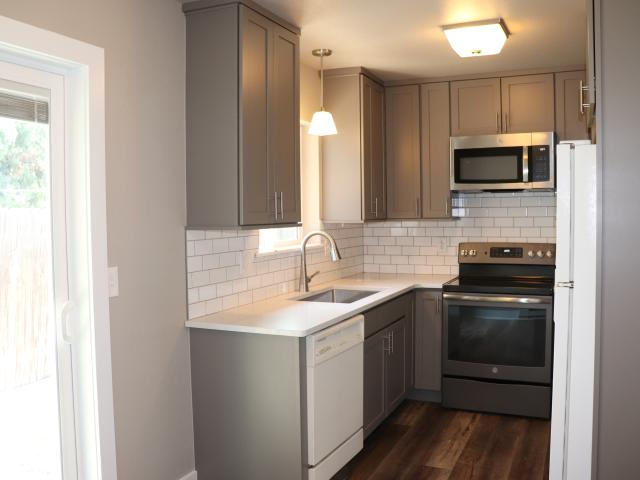 3 Bedroom Apartment For Rent At 1117 Akin Ave #na, Fort Collins, Co 80521 Old Town West
