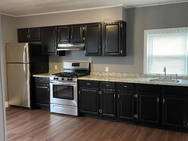 3 Bedroom Apartment For Rent At 53 53 Palmer Street 3, Fall River, Ma 02724