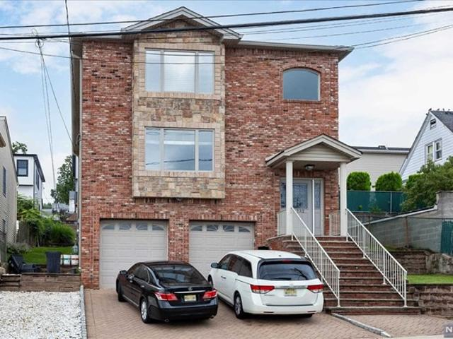 3 Bedroom Apartment For Rent At 732 732 7th Street 2, Carlstadt, Nj 07072