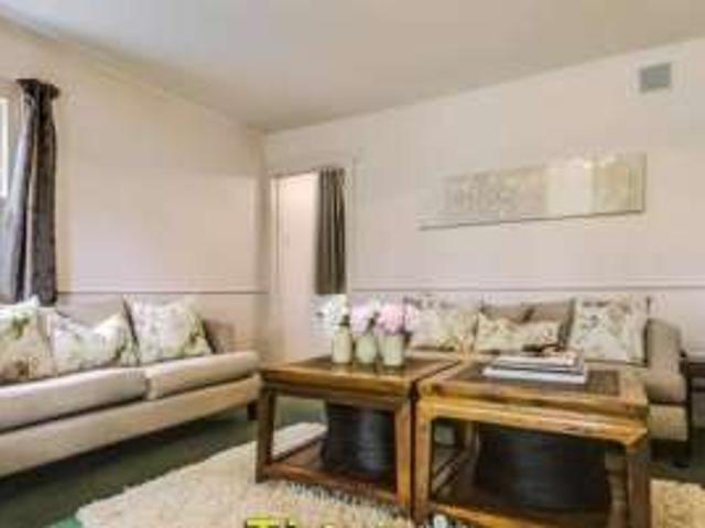 3 Bedroom Apartment In Parnell