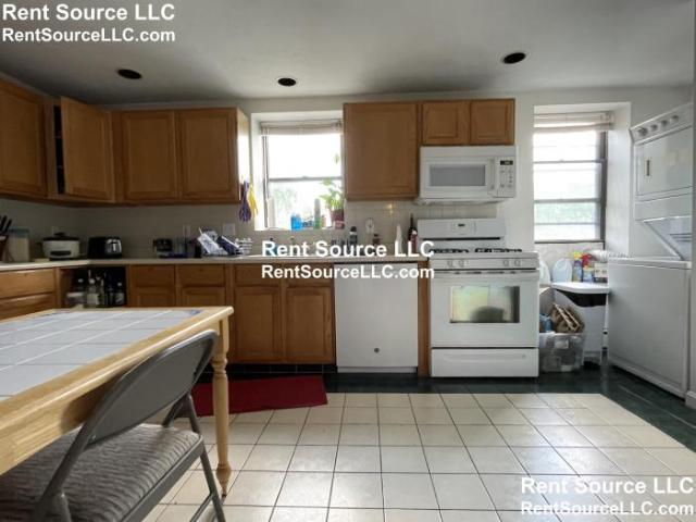 3 Bedroom Detached House Cambridge Ma For Rent At 2900
