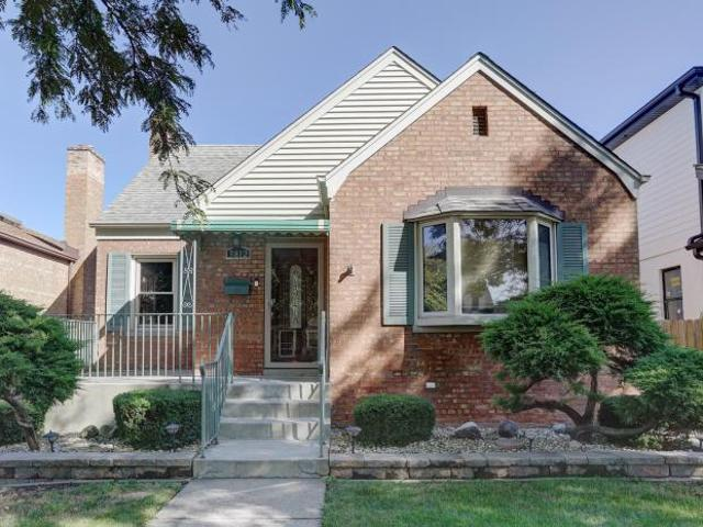 3 Bedroom Detached House Chicago Il For Sale At 308000
