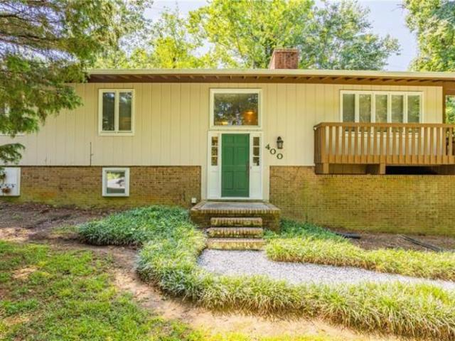 3 Bedroom Detached House Jamestown Nc For Sale At 275000