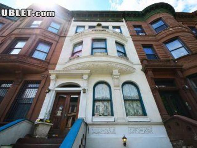 3 Bedroom Detached House New York Ny For Rent At 1500
