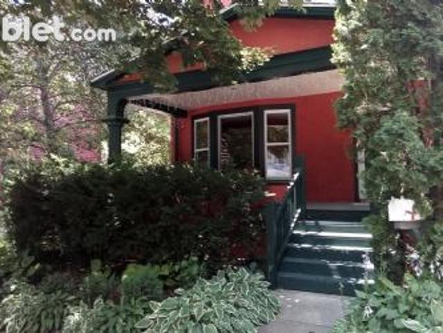 3 Bedroom Detached House Outagamie Wi For Rent At 2500