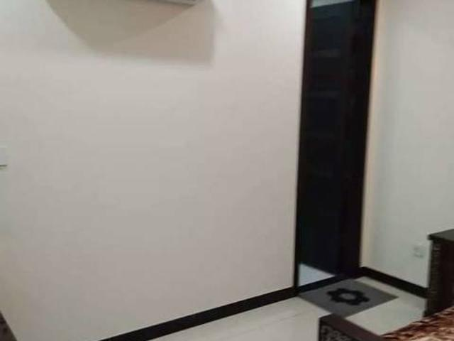 3 Bedroom Flat With Ac In Canal View Gujranwala