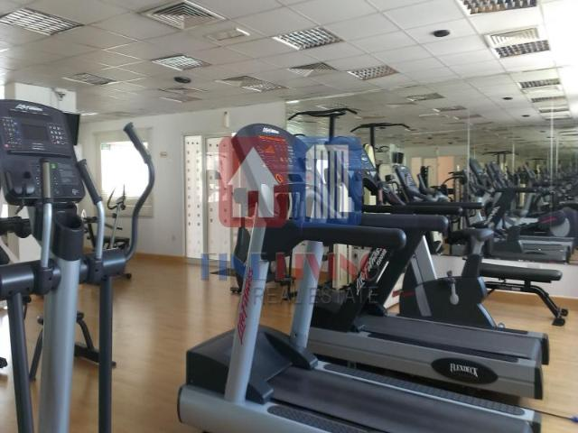 3 Bedroom Free Chiller Near Metro Aed 135,000
