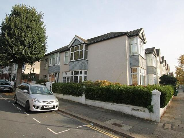 3 Bedroom Ground Flat For Sale