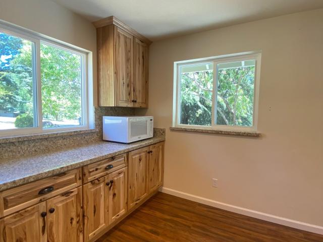 3 Bedroom Home For Rent At 11082 Rough And Ready Hwy, Grass Valley, Ca 95945