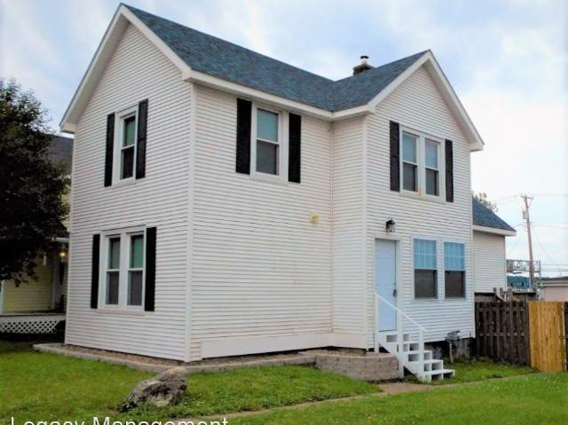 3 Bedroom Home For Rent At 1519 Brown St, Bettendorf, Ia 52722 Downtown Bettendorf