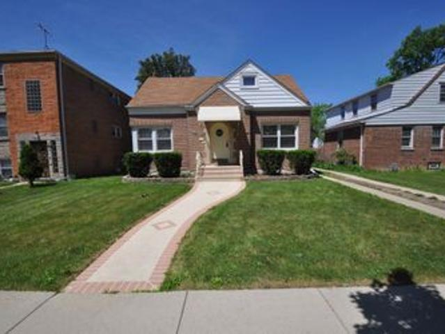 3 Bedroom Home For Rent At 2106 S 16th Ave, Broadview, Il 60155