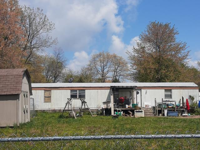 3 Bedroom Home For Rent At W Walnut St & S 1st St, Boonville, In 47601