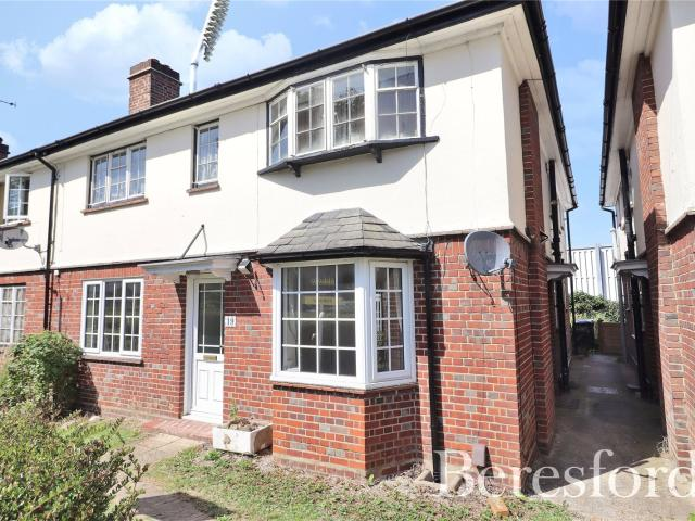 3 Bedroom House For Sale In Hayes Close, Chelmsford, Essex, Cm2 On Boomin