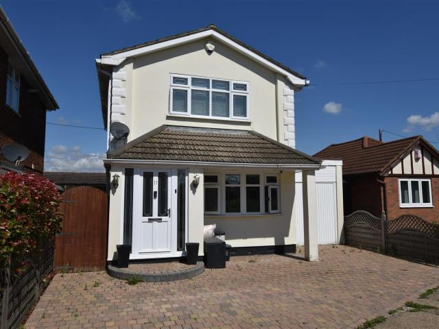 3 Bedroom House For Sale In Nordland Road, Canvey Island On Boomin