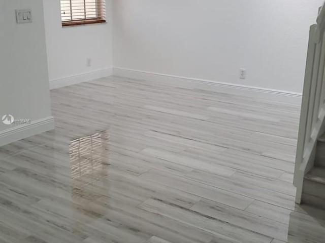 3 Bedroom Luxury Townhouse For Rent In Coral Springs, United States