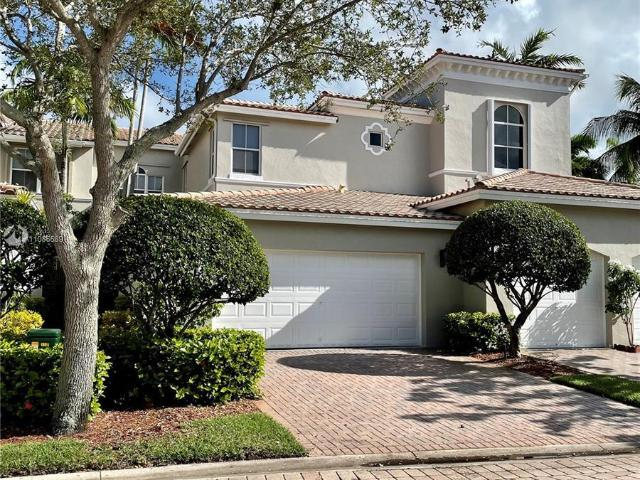 3 Bedroom Luxury Townhouse For Rent In Hollywood, Florida