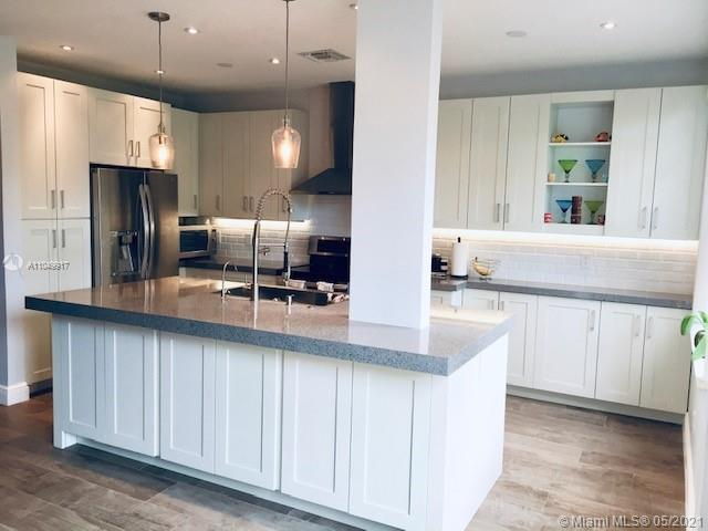3 Bedroom Luxury Townhouse For Rent In Sunrise, United States