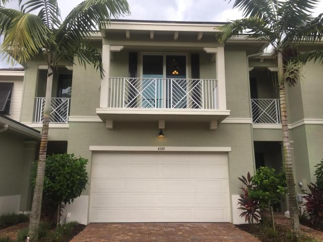 3 Bedroom Luxury Townhouse For Sale In Palm Beach Gardens, Florida