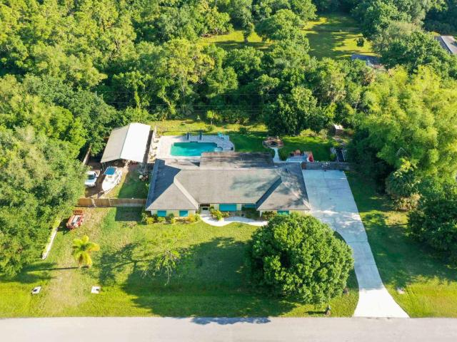 3 Bedroom Luxury Villa For Sale In Fort Pierce South, Florida