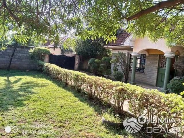 3 Bedroom Master Ensuite In A Gated Community Kamakis