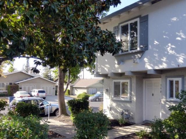 3 Bedroom Townhouse 2 Story