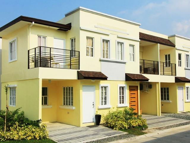 3 Bedroom Townhouse Near Malls, Schools, Business District