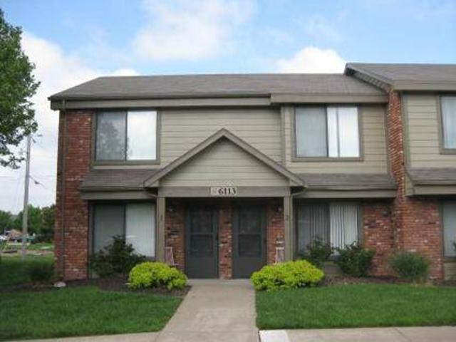 3 Beds Villa West Apartments & Townhomes