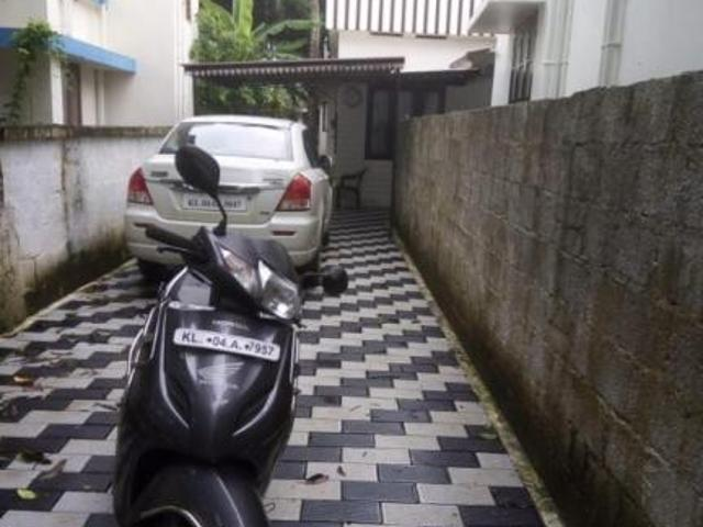 3 Bhk 9 Sq. Ft Villa For Sale In Thathampally, Alappuzha