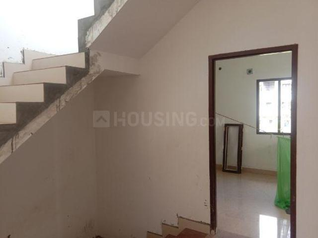 3 Bhk Villa In Selaiyur For Rent Chennai. The Reference Number Is 4637928