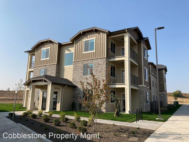 3 Br, 2 Bath Apartment 1711 S Grand Fork Way 1711 S Grand Fork Way 204