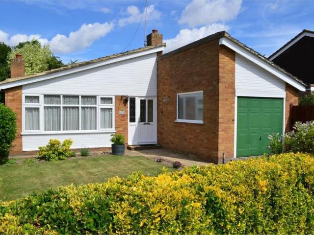 3 Detached Bungalow In Meldreth For Rent