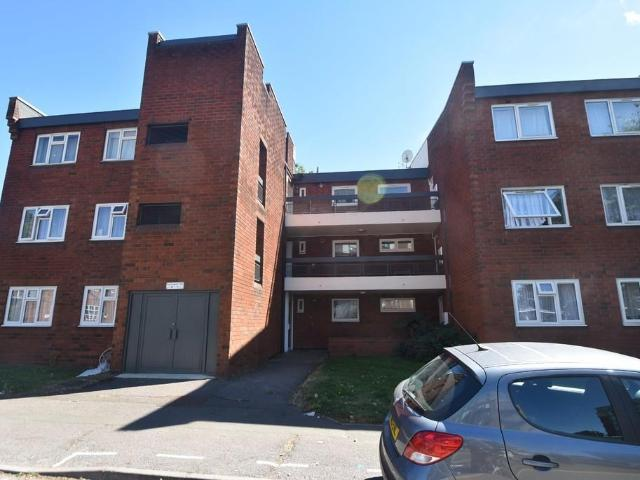 3 House Unspecified In Harrow For Rent