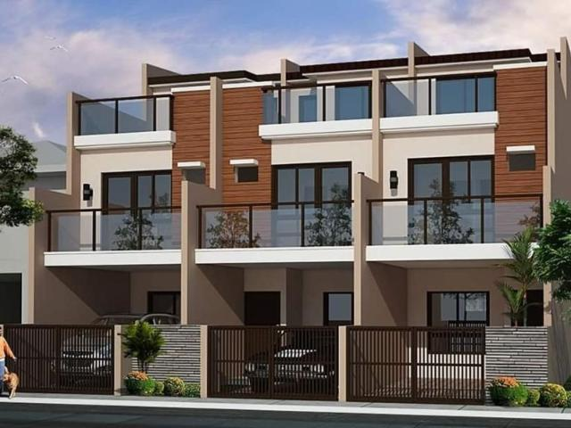 3 Storey Townhouse 4 Bedroom 3 Toilet And Bath Car Garage