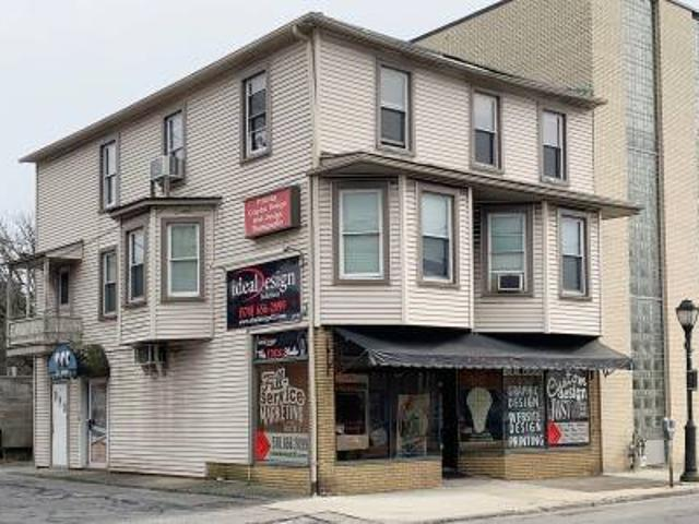 3 Unit Mixed Use East Stroudsburg