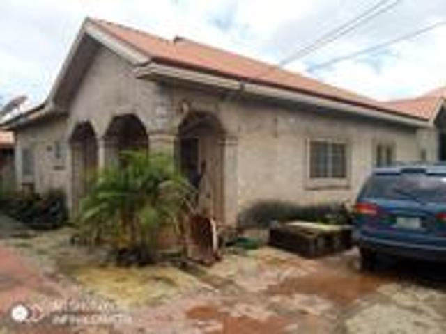 3bdrm Bungalow In Ngozika Estate, Awka For Sale