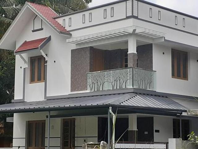 3bhk 1500sft Double Store Independent House Rent Puthiyakav