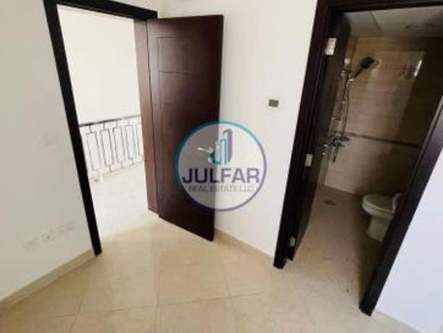 3bhk+ Maid's Room For Sale