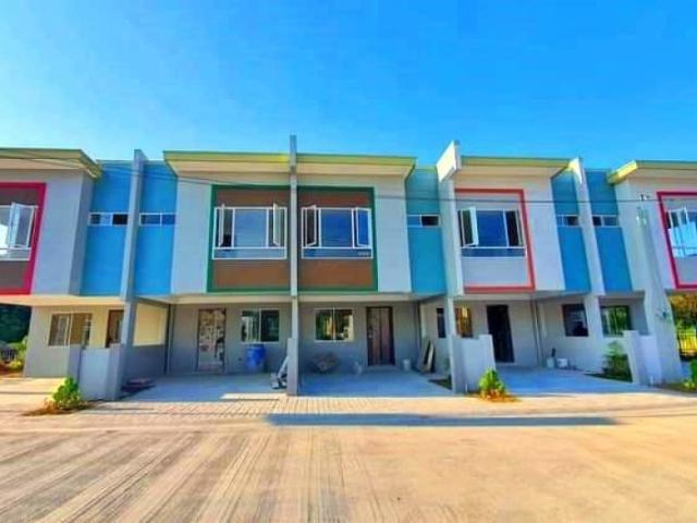 3br Executive Complete Townhouse In Malagasang 2nd Imus Cavite Near Maranatha School