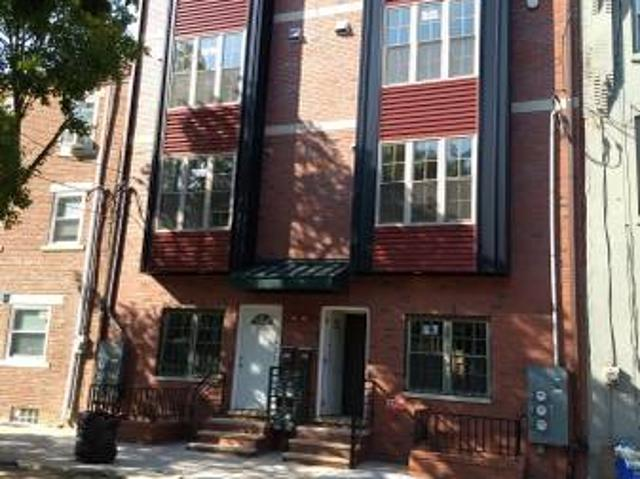 3rd Fl Rm With Private Bath, Balcony, In A New Construct 3bd3ba Apt Near Broad St Thompson St