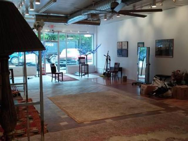 $4000 / 1645ft² Art Gallery/retail Space For Lease