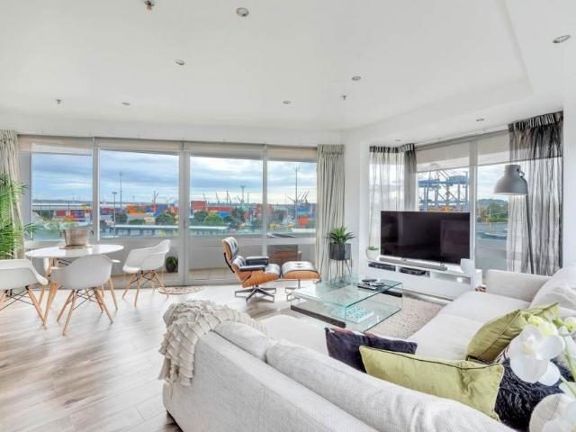 406/88 The Strand, Parnell